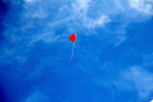 betydningen af drømme om en ballon - drømmetydning en ballon som drømmesymbol